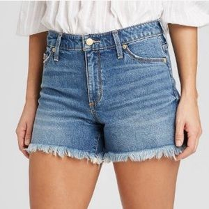 Universal Thread fringe/ distressed jean shorts